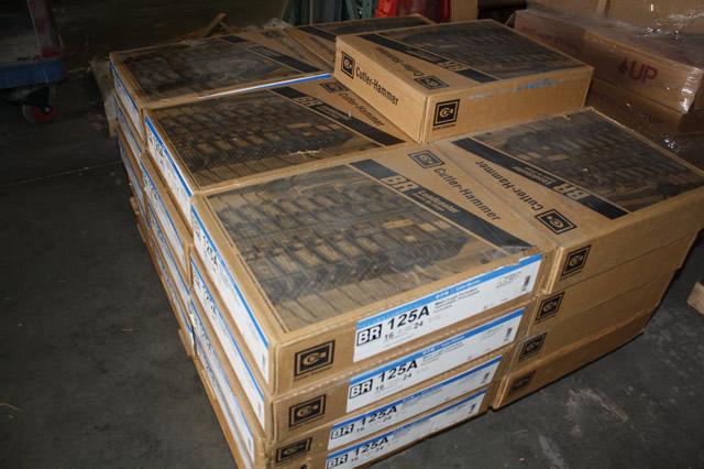 Eaton Cutler Hammer Ch12l125b Single Phase Main Lug Load: EATON CUTLER-HAMMER BR1624L125 125AMP BREAKER LOADCENTER